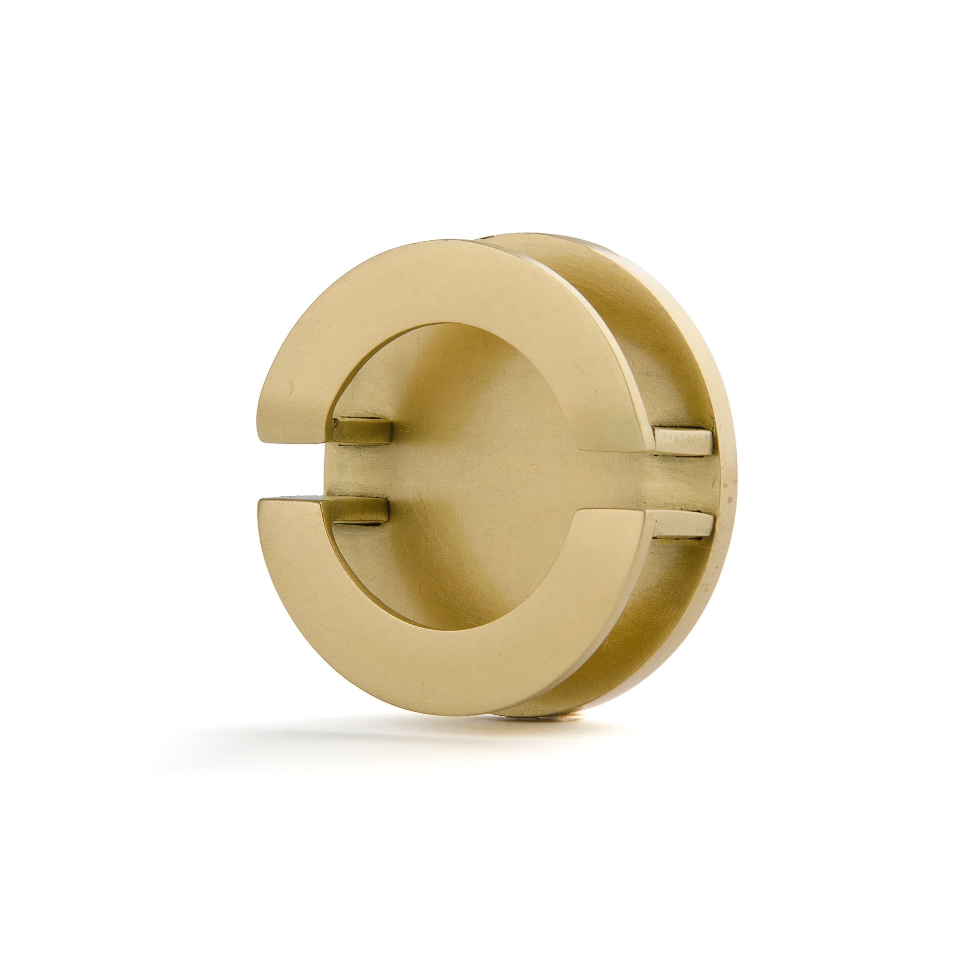 Фигурная ручка-кольцо R022 Any-Home - R022 | AnyHome.ru