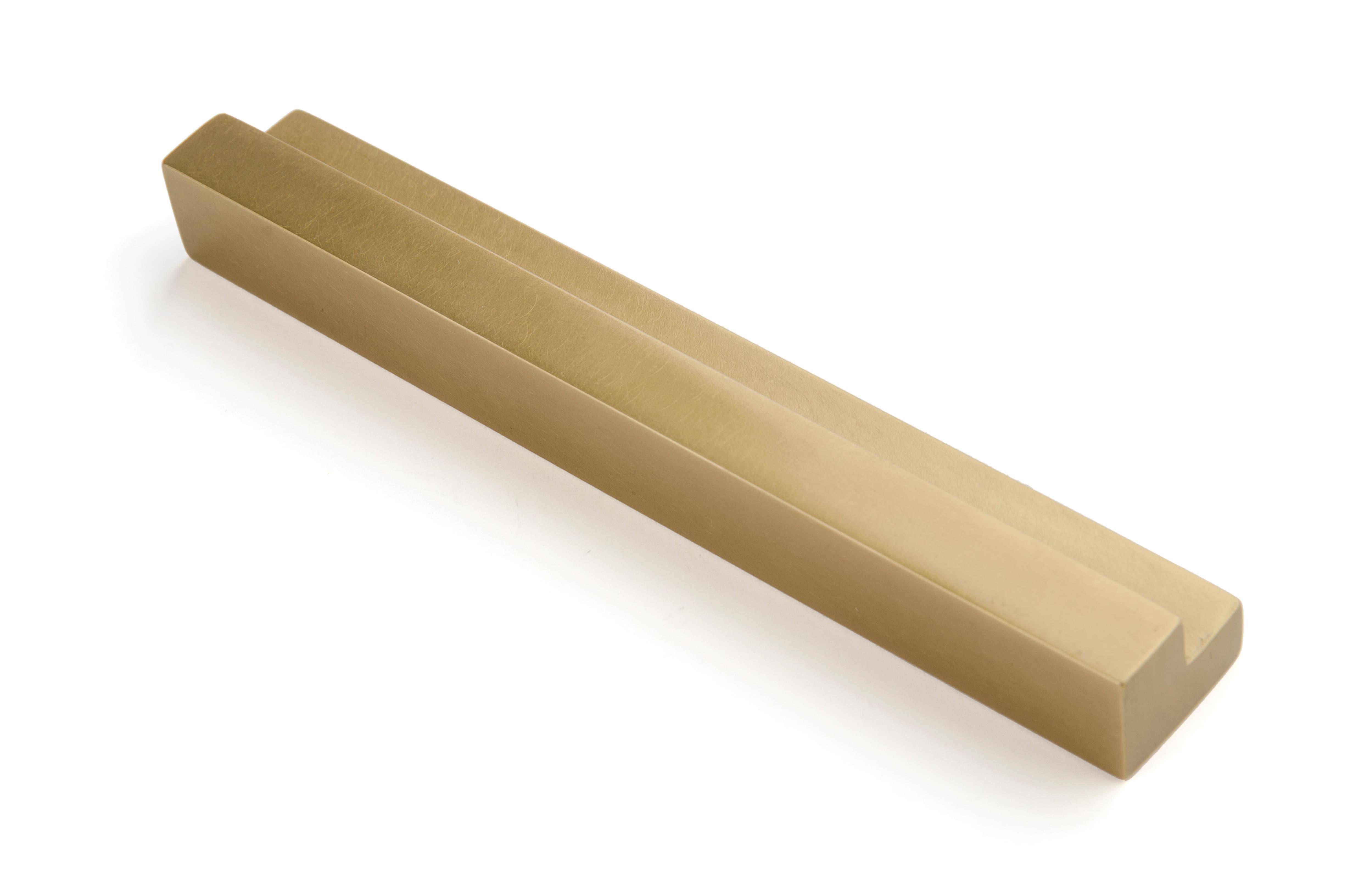 Ручка торцевая R030 - R030 | AnyHome.ru