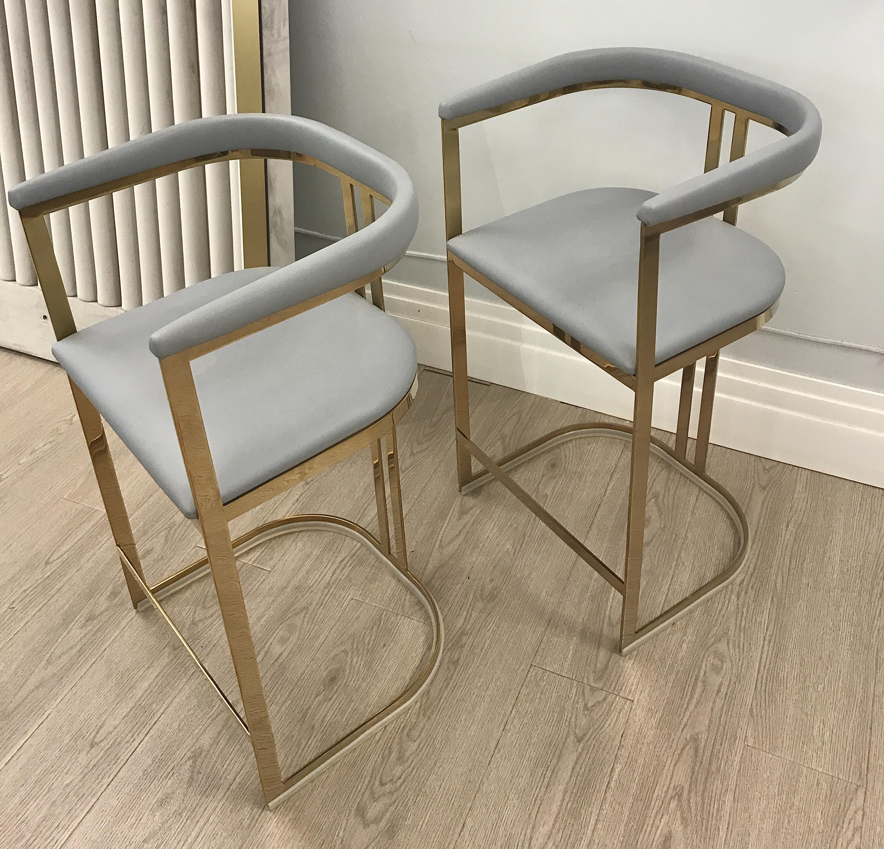 Полубарный стул B002 с покрытием из гальваники - B002-G | AnyHome.ru